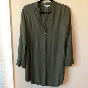 BB Dakota Green LS V-Neck Shirt Dress - Sz Small